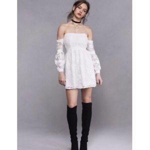 New For Love & Lemons Off The Shoulder Dress XS